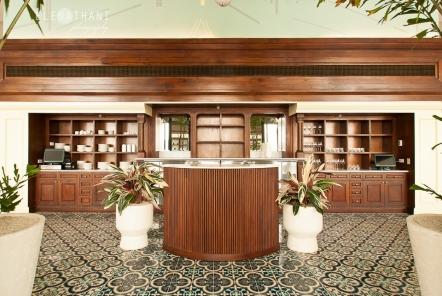 American Trade Hotel by Hache Uve Arquitectos
